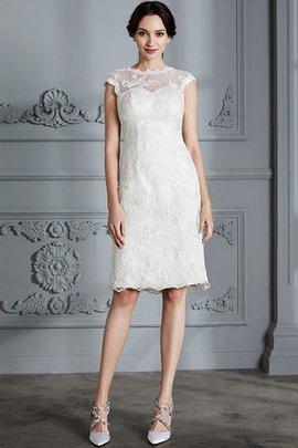 Robe de mariée naturel avec décoration dentelle ligne a en satin de princesse