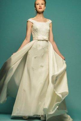 Robe de mariée romantique modeste decoration en fleur manche nulle avec nœud à boucles