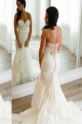 Robe de mariée naturel de traîne moyenne en tulle de col en cœur de sirène