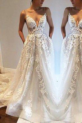 Robe de mariée de princesse textile en tulle ligne a manche nulle bretelles spaghetti