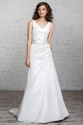 Robe de mariée longue naturel v encolure de traîne moyenne jusqu'au sol