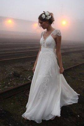 Robe de mariée de princesse en chiffon longueur au niveau de sol v encolure ligne a