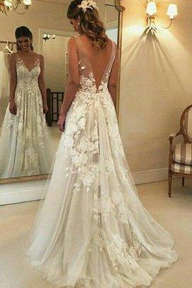Robe de mariée v encolure passionnant de princesse en tulle naturel
