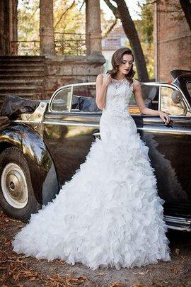 Robe de mariée sage col u profond manche nulle de lotus textile en tulle