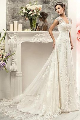 Robe de mariée plissé a plage collant de traîne moyenne v encolure