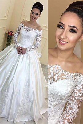 Robe de mariée naturel de mode de bal en satin d'epaule ajourée de traîne moyenne