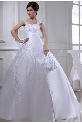 Robe de mariée longue avec broderie de mode de bal en satin bandouliere spaghetti