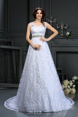 Robe de mariée en satin de princesse fermeutre eclair de traîne moyenne v encolure