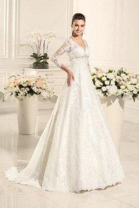 Robe de mariée delicat intemporel avec lacets v encolure col en forme de cœur