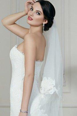 Robe de mariée de col en cœur en dentelle avec lacets de sirène avec sans manches