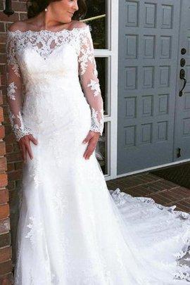 Robe de mariée en tulle joli avec manche longue d'epaule ecrite de traîne longue