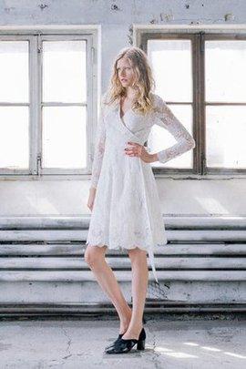 Robe de mariée simple de col en v avec nœud en dentelle ceinture