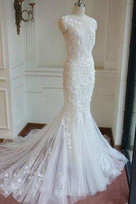 Robe de mariée charmeuse romantique fermeutre eclair en dentelle boutonné