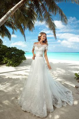 Robe de mariée longue romantique avec manche courte ceinture en étoffe cordon
