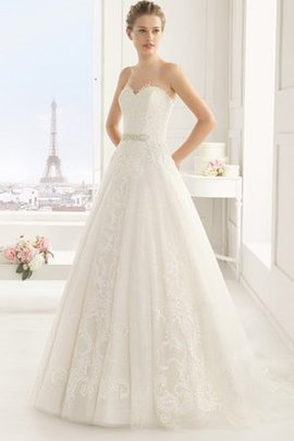 Robe de mariée naturel avec perle de princesse de traîne moyenne col en forme de cœur