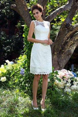 Robe de mariée naturel ligne a en satin fermeutre eclair au niveau de genou