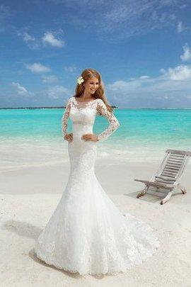Robe de mariée longue jusqu'au sol en dentelle avec manche longue avec perle