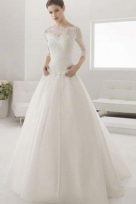 Robe de mariée romantique pendant boutonné ceinture en étoffe ligne a