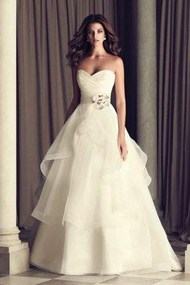 Robe de mariée sexy avec sans manches avec fronce avec zip dans l'eglise