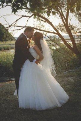 Robe de mariée de lotus de col en cœur avec sans manches croisade en tulle