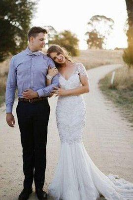 Robe de mariée plissé de sirène avec perle décolleté dans le dos decoration en fleur